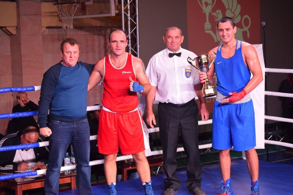 Оренбуржец Ришат Бакиров выиграл матчевую встречу в Крыму