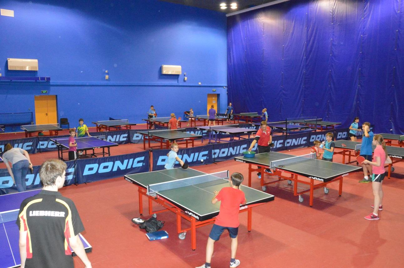 В Оренбурге стартовал всероссийский турнир по настольному теннису памяти Виктора Черномырдина