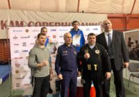 Боксер Центра бокса получил награду от Николая Валуева