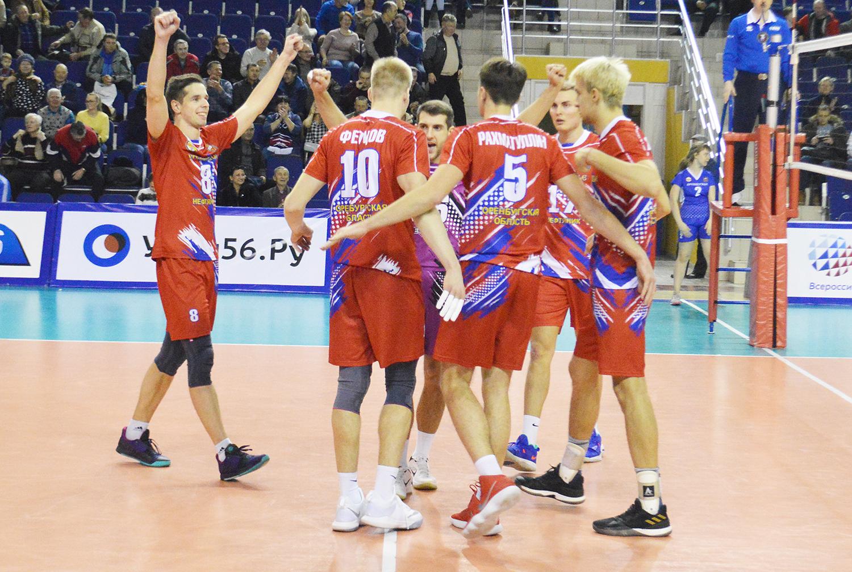 «Нефтяник» привез две победы из Москвы