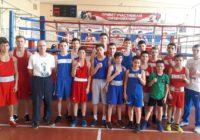 «Будем болеть за наших спортсменов!» Сборную Оренбуржья на Первенстве России по MMA поддержат боксеры
