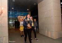 «Надежда» вернулась. Болельщики встретили в аэропорту обладателей Кубка Европы ФИБА