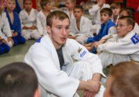 Призер Кубка Европы по дзюдо провел мастер-класс в Оренбурге