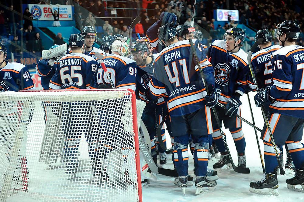 Оренбургский «Кубок губернатора» разыграют хоккеисты из Орска, Нур-Султана, Рудного и Учалов