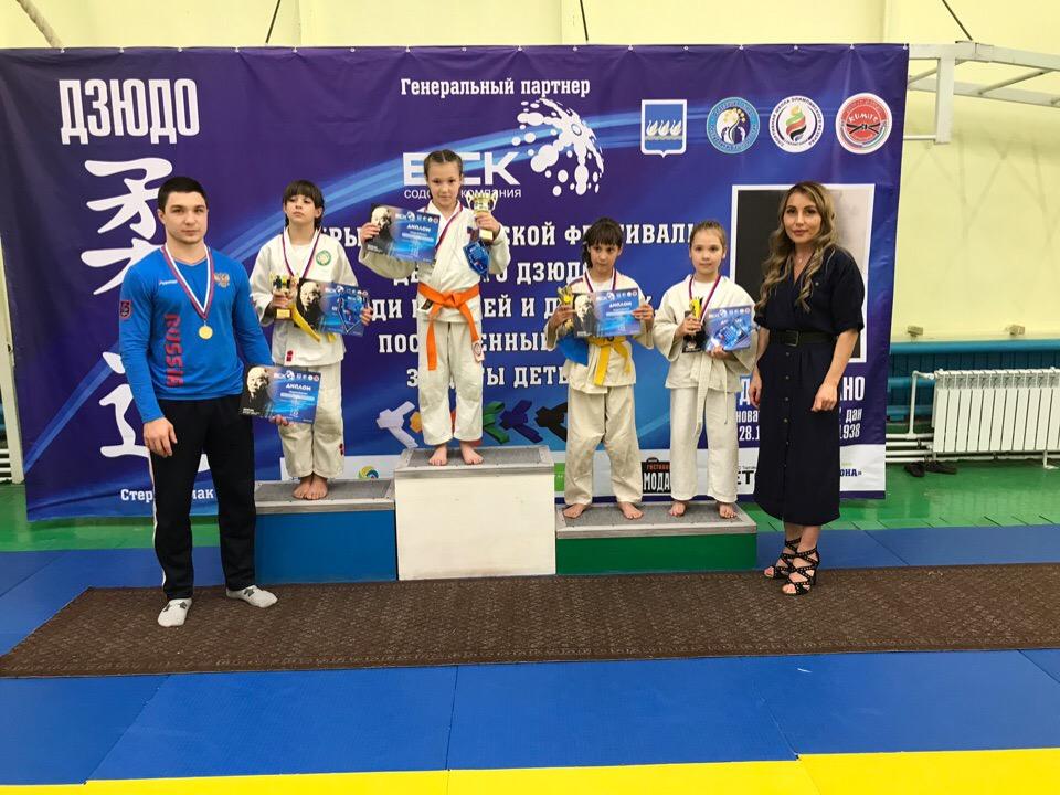 Оренбургские дзюдоисты завоевали медали в Стерлитамаке