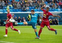 Сутормин дебютировал за «Зенит». В этом матче сыграло шесть экс-футболистов «Оренбурга»