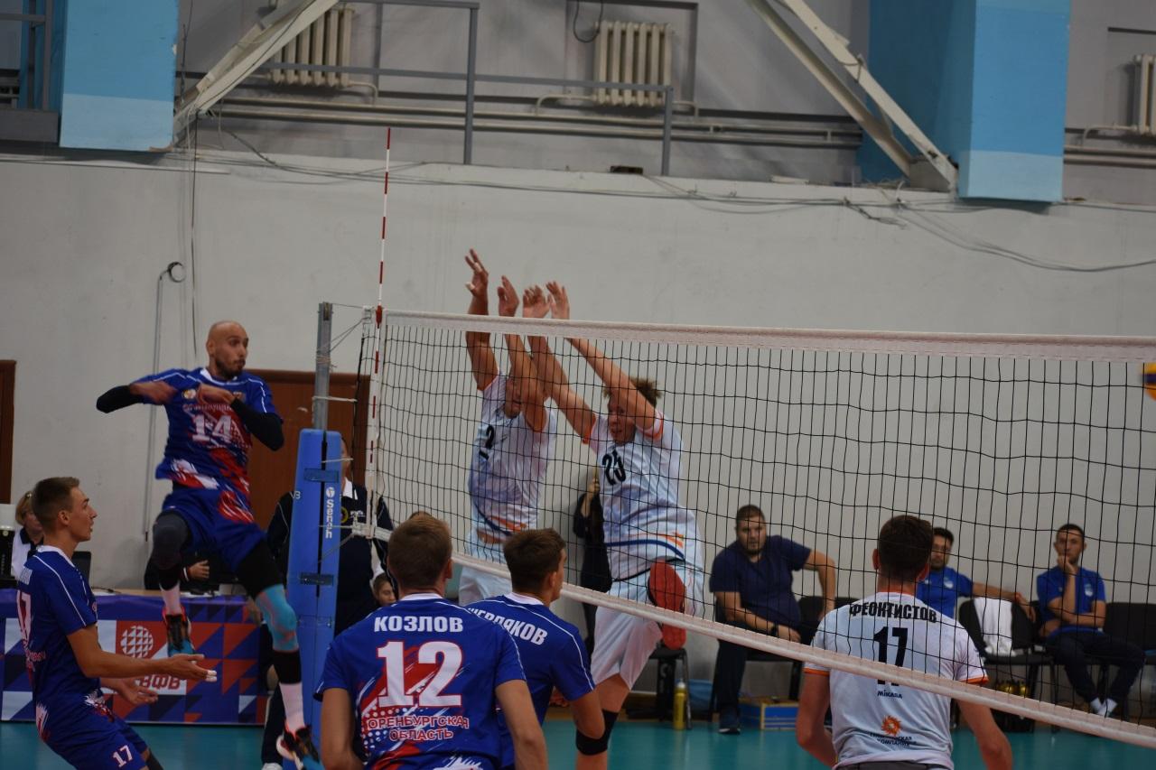 Волейболисты «Нефтяника» привезли пять очков с предварительного этапа Кубка России