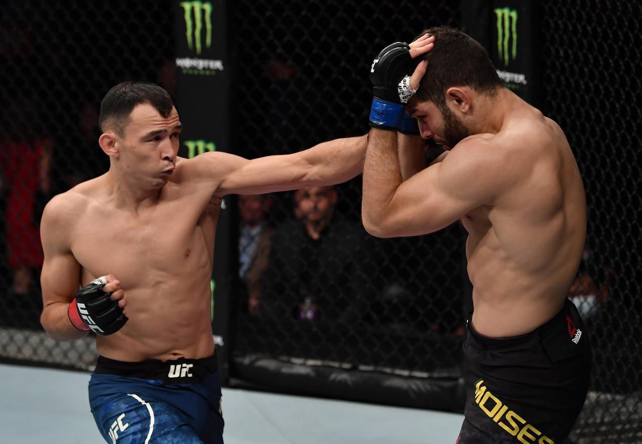 Дамир Исмагулов встретится с Рафаэлем Алвесом на турнире UFC 262 15 мая