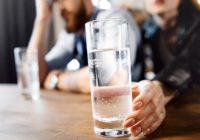 Веселимся и не травимся: как выбрать алкоголь на новый год?