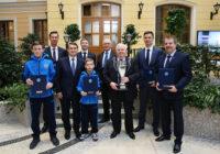 Алексей Миллер встретился с игроками «Факел-Газпрома»