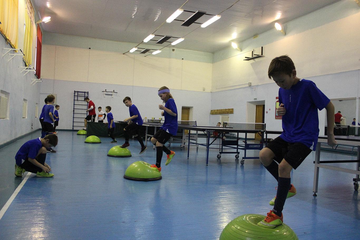 «НОСТА» показала работу футбольной школы