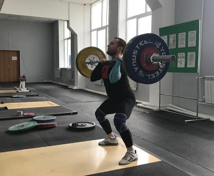 Тяжелоатлет Павел Суханов приступил к тренировкам