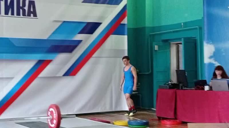 Восемь оренбургских тяжелоатлетов выступают на чемпионате России в Грозном