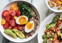 Опасный завтрак: эксперты раскритиковали каши и смузи
