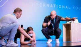 Василий Смольный мотивирует участников форума «Евразии Global» в Оренбурге