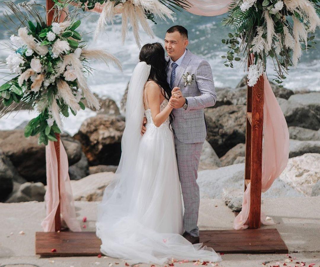 Боец UFC Дамир Исмагулов в Instagram рассказал о свадьбе
