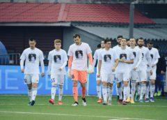 Сергей, поправляйся! Игроки «Оренбурга» вышли на матч с «Енисеем» в футболках с Бреевым