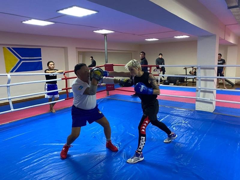 Оренбургские спортсменки готовятся кчемпионату России по боксу