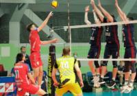 Волейбольный клуб «Оренбуржье» уступил «Факелу»