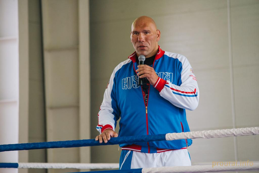 На Чемпионат России по боксу в Оренбург может приехать Николай Валуев
