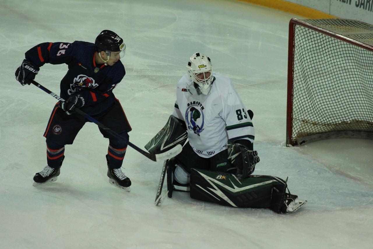 Оренбургские «Сарматы» сыграли с ханты-мансийскими «Мамонтами Югры»