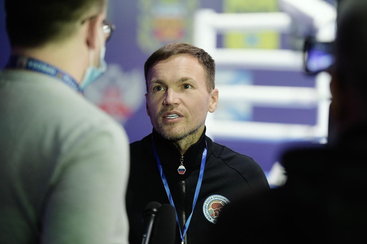 Дмитрий Скопинцев назван лучшим тренером Оренбургской области по боксу