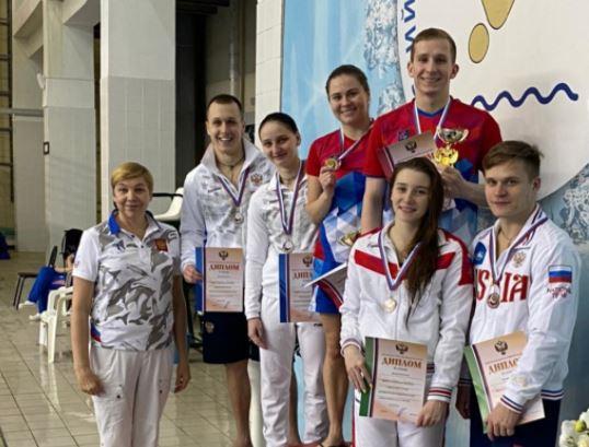 Бузулучанин Егор Лапин завоевал золото и бронзу Кубка России по прыжкам в воду