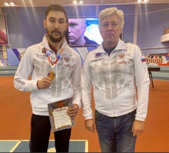 Оренбургский легкоатлет Дияс Избасаров взял золото Кубка России в прыжках в длину