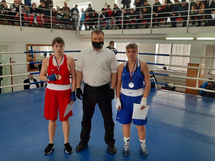 Оренбурженки завоевали шесть медалей Первенства по боксу «Юность России»