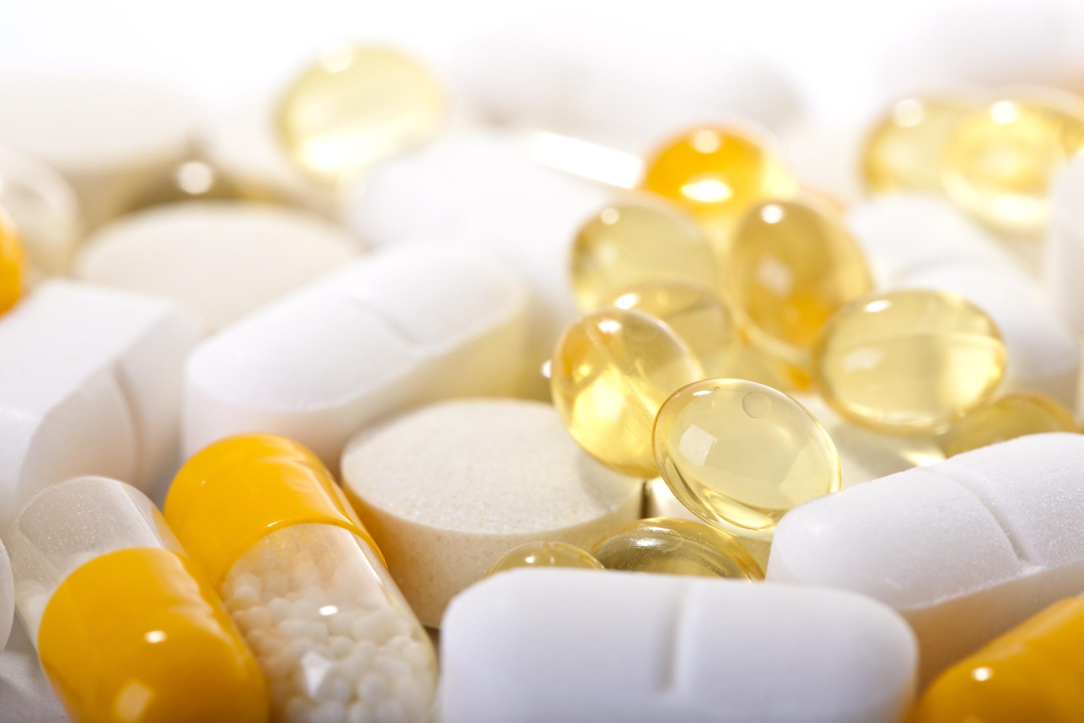 Ученые провели исследование о полезности витаминов и добавок при заражении коронавирусом