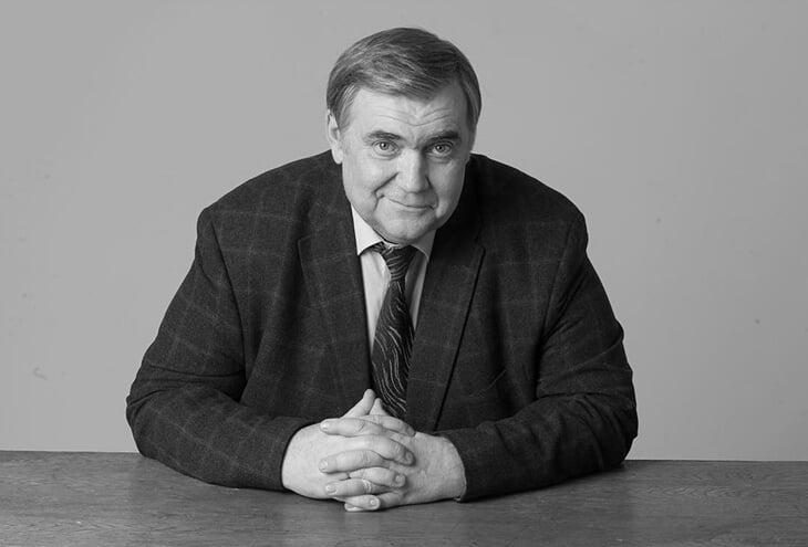 Умер спортивный журналист и комментатор Юрий Розанов