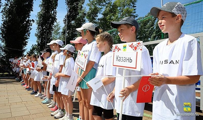 Стали известны победители первенства Оренбурга по теннису
