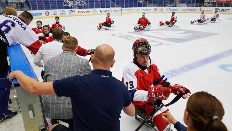 Сборная России по следж-хоккею разгромила сборную Чехии