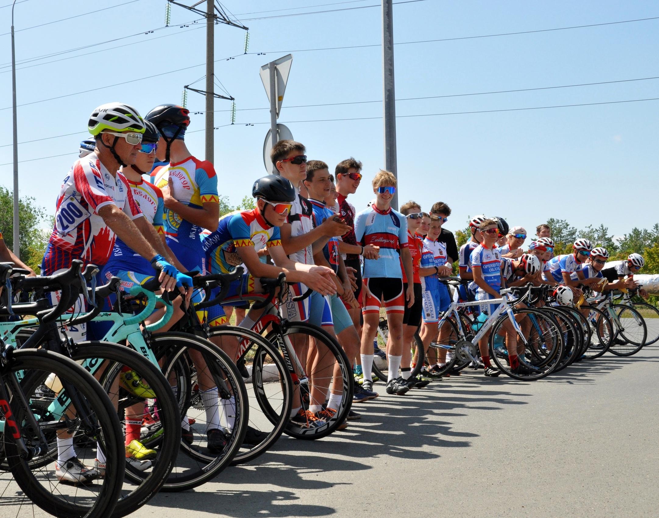 Спортсмены из Оренбургской области стали лучшими на соревнованиях по велоспорту