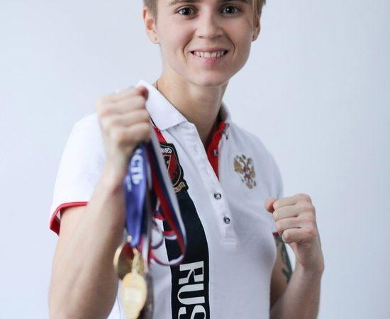 Оренбурженка Екатерина Сычева продолжает подготовку к чемпионату России по боксу