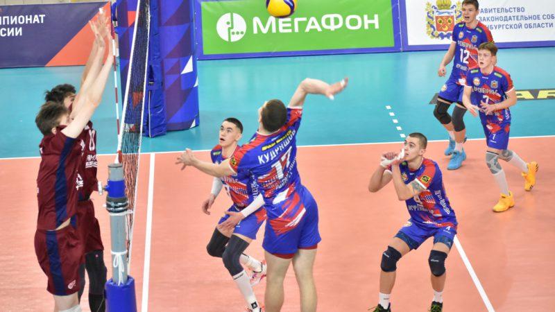 Воспитанник оренбургской школы волейбола стал новичком «Нефтяника»