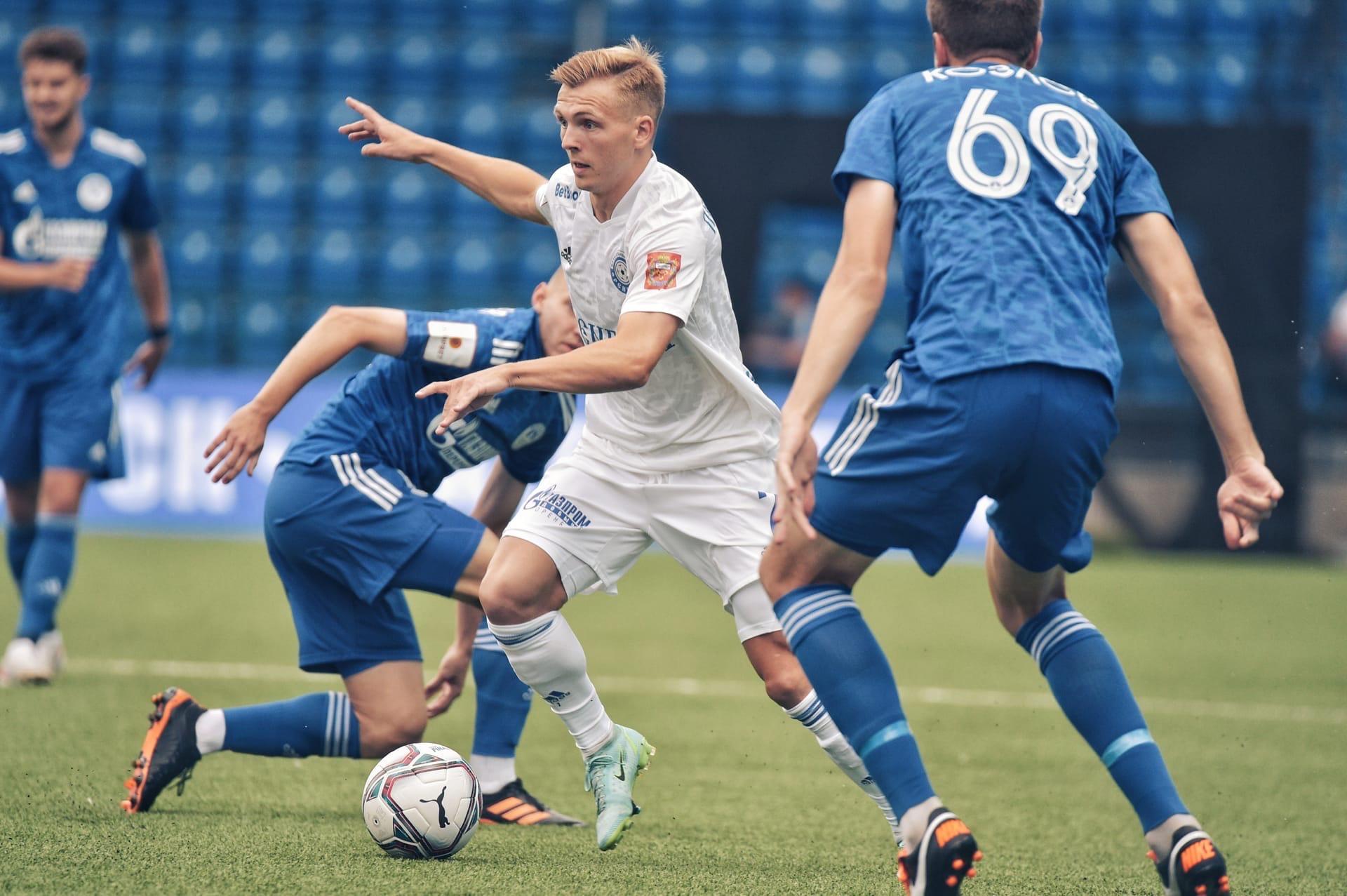 «Оренбург» победил в первом матче сезона