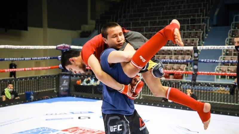 Ау, мы ищем бойцов! В Оренбурге пройдет экспериментальный турнир по MMA