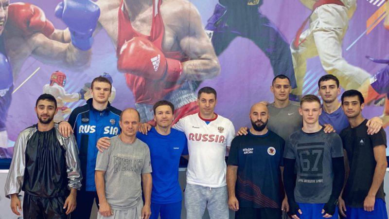 На чемпионате России по боксу Оренбургскую область представят шесть боксеров