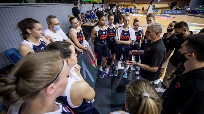 Юниорская сборная России вышла в четвертьфинал чемпионата мира по баскетболу