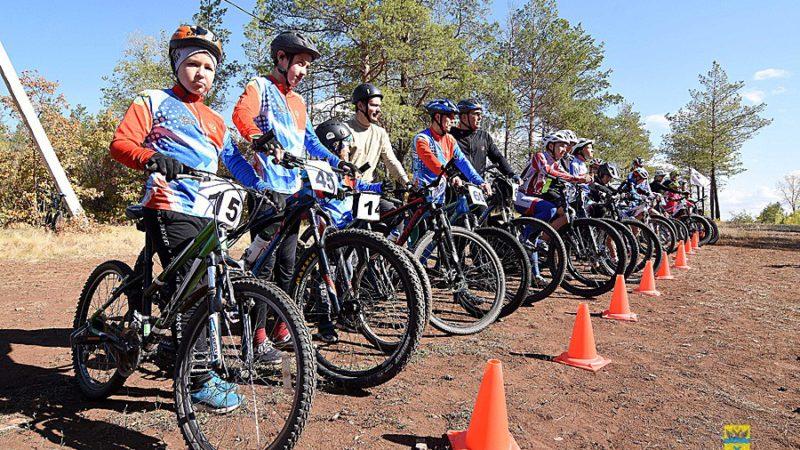 Более 60 спортсменов стали участниками чемпионата и первенства Оренбурга по маунтинбайку