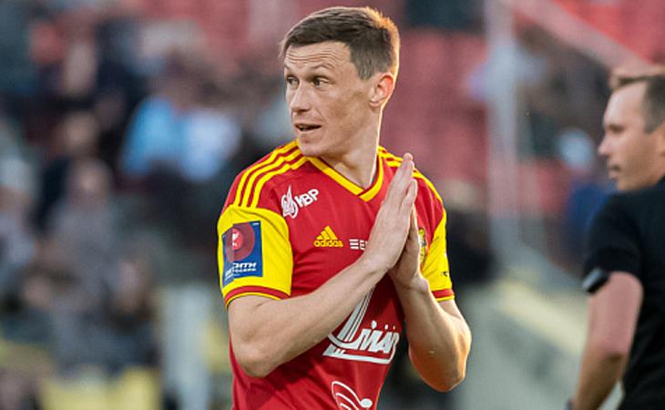 «Оренбург» заключил соглашение с полузащитником сборной Беларуси Юрием Ковалевым